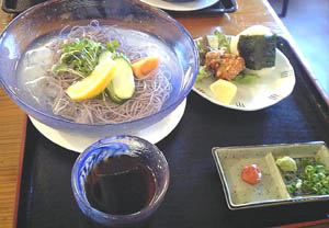 さくら通り食通 黒米手延べ素麺(2)