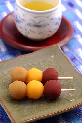■坊っちゃん団子・愛媛県松山市 「亀井製菓」
