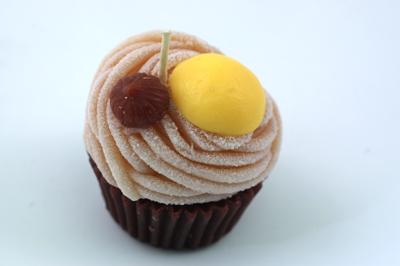2009.2.18 カメヤマキャンドルハウスの香りつきケーキキャンドル