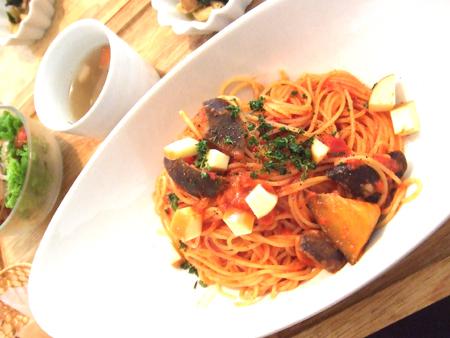 2009.11.9 季節のパスタが美味です。熊本市江越「欒時(らんどき)」