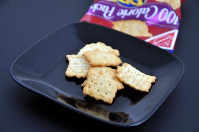 2009.11.25 1パックで100キロカロリー!ナビスコ「リッツトーステッドチップス」