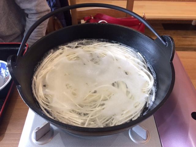IMG_2118麺を投入.JPG
