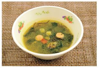 海藻と夏野菜のカレースープ